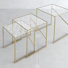 ネストテーブル Nesting Tables