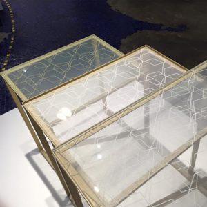 ITOKOシルクガラスのネストテーブル