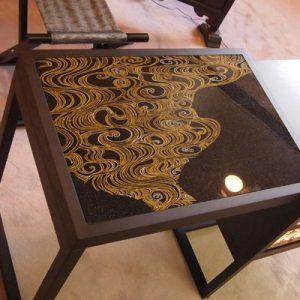 京都府知事室にて絹ガラスの立礼テーブル