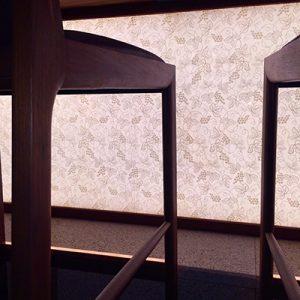 かつくらタワーサンド店にいとこうの絹ガラスシリーズ採用