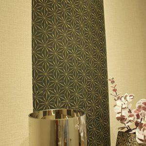 金糸刺繍が美しい麻の葉文様の絹ガラス