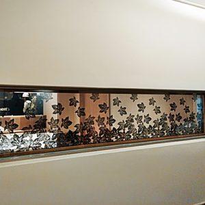 黒染紋紗の絹ガラス