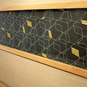 金彩工芸と永遠の石デザインの絹ガラスをマンションリフォームで
