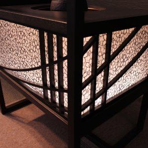 絹シェードのLED照明が美しい絹ガラス製ティーテーブル立礼台