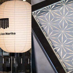 麻の葉紋様の絹ガラステーブルとチェックインカウンター