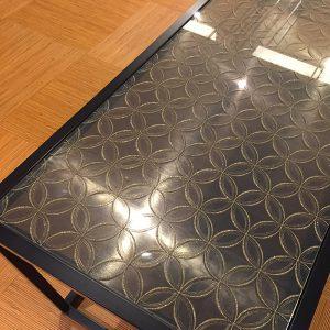 絹ガラス天板が合うびわ湖花街道レストラン