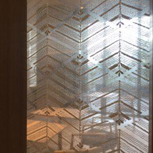 和モダンな空間に合う大王松菱柄の絹パネル
